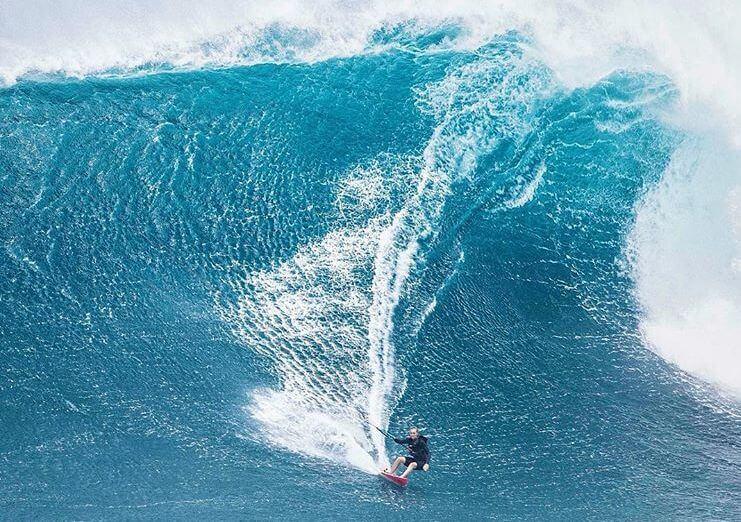 Jak spakować się na tygodniowy surfcamp w bagaż podręczny