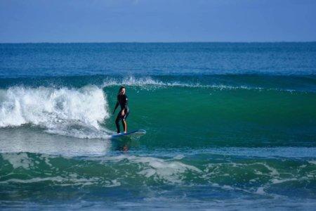 Historia Iwony czyli o tym, jak zaczęłam surfować mając 36 lat i zmieniło to moje życie