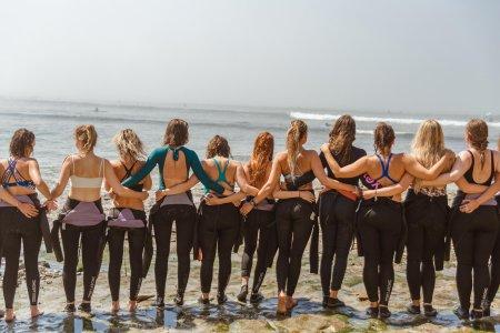Surfcampy w Portugalii z Girl on the Wave 2021